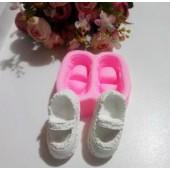 Bir Çift Ayakkabı Kalıbı